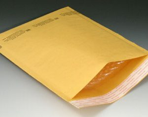 "#1 7-1/4"" x 12"" Kraft Self-Seal Bubble Mailers (Pack of 100)"
