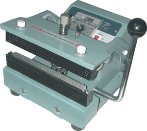 "12"" Manual Constant Hand Sealer 20 mil Thickness 5/8 inches Seal Width and 350W - AIE-300HC"