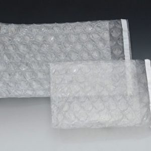 "8"" x 11"" Triple Layer Bubble Pouches (250 per carton)"