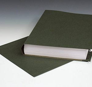 """Smead Hanging Box Bottom File Folders with 2"""" Expansion - 11 PT. (Legal Size) - Green (25 per box)"""