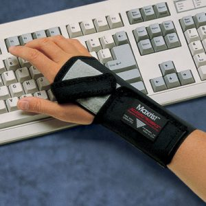 Wrist Support - Right/Large  MaxRist Wrist Support - SAFETY-AL-7109-03