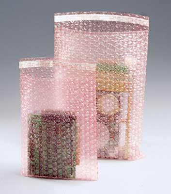 "12"" x 23-1/2"" Sealed Air® Self-Sealing Anti-Static Bubble Wrap® Brand Bag - Pink Tinted (3/16"") (150 per carton)"