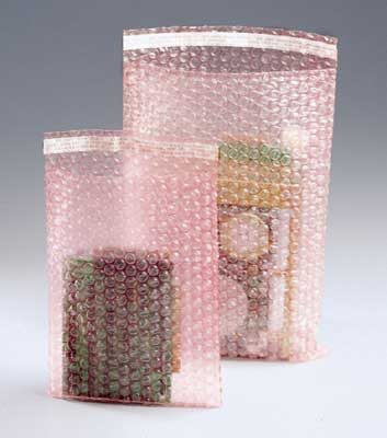 "12"" x 15-1/2"" Sealed Air® Self-Sealing Anti-Static Bubble Wrap® Brand Bag - Pink Tinted (3/16"") (200 per carton)"