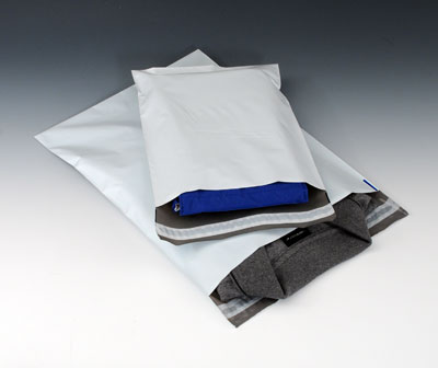 """10"""" x 13"""" Coextruded White Poly Envelopes (2.5 mil) (100 Mailers)"""