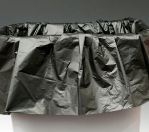 "43"" x 48"" High Density Trash Bags with Star Seal - Black (16 microns) (200 per carton)"