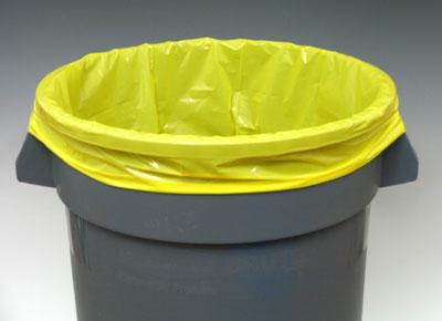 "20"" x 13"" x 39"" Low Density Gusseted Trash Bags - Yellow (1.5 mil) (250 per carton)"